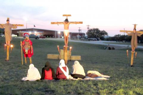 Living Cross carries Easter message