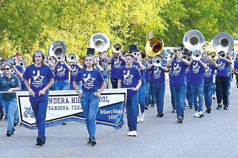 MARCHING BAND HITS RIGHT NOTES