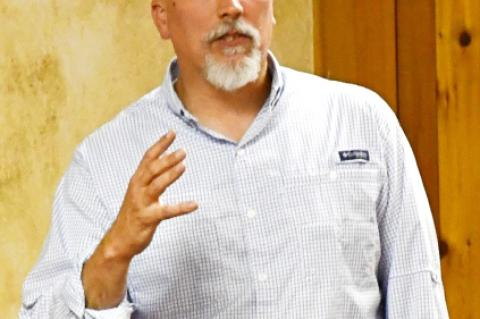 Roy, Parks address Bandera Republicans